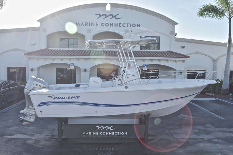Used 2006 Pro-Line 21 Sport boat for sale in West Palm Beach, FL