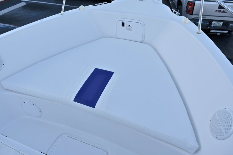 Thumbnail 40 for Used 2006 Pro-Line 21 Sport boat for sale in West Palm Beach, FL