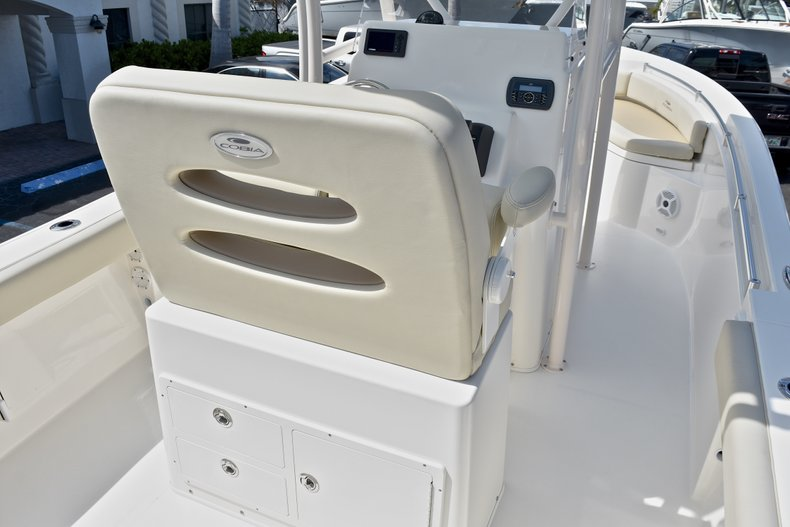 Thumbnail 8 for New 2018 Cobia 220 Center Console boat for sale in West Palm Beach, FL