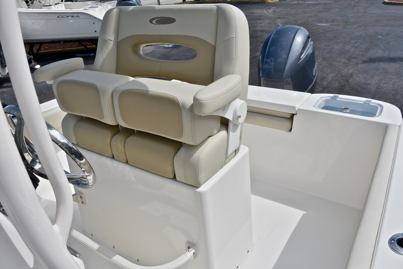 Thumbnail 23 for New 2018 Cobia 220 Center Console boat for sale in West Palm Beach, FL