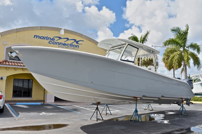 Thumbnail 8 for New 2018 Cobia 344 Center Console boat for sale in West Palm Beach, FL