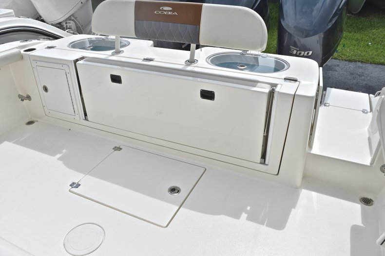 Thumbnail 11 for New 2018 Cobia 344 Center Console boat for sale in West Palm Beach, FL