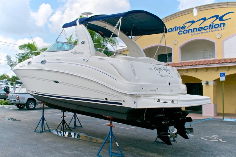 Used 2005 Sea Ray 280 Sundancer boat for sale in West Palm