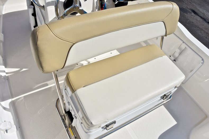 Thumbnail 18 for Used 2016 Key West 1720 Sportsman Center Console boat for sale in West Palm Beach, FL
