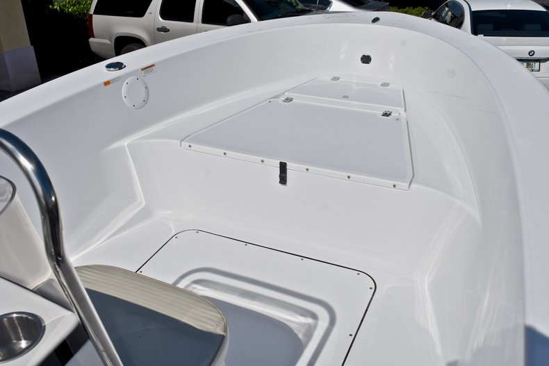 Thumbnail 30 for New 2018 Sportsman 19 Island Reef boat for sale in West Palm Beach, FL