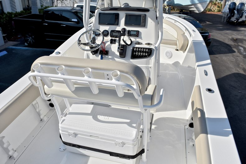 Thumbnail 8 for Used 2016 NauticStar 2302 Legacy CC boat for sale in West Palm Beach, FL