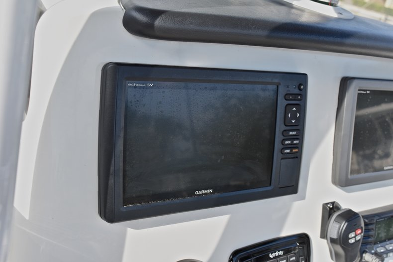 Thumbnail 32 for Used 2016 NauticStar 2302 Legacy CC boat for sale in West Palm Beach, FL