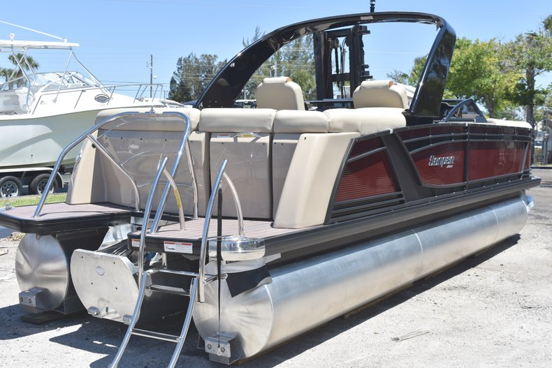 Thumbnail 74 for New 2018 Sanpan 2500 ULW boat for sale in West Palm Beach, FL