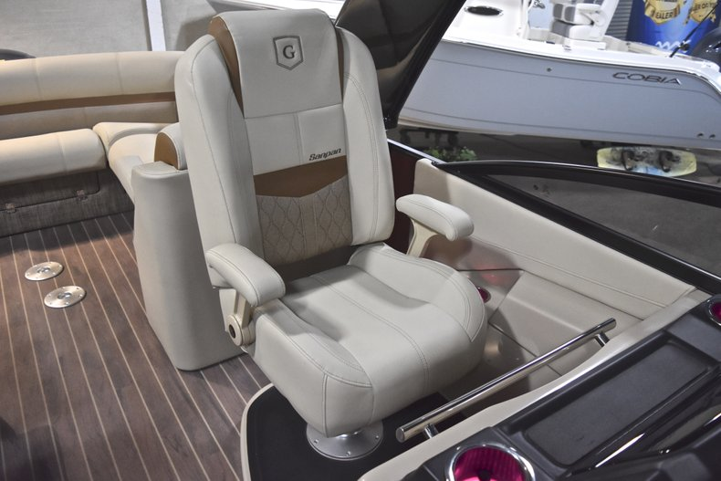 Thumbnail 30 for New 2018 Sanpan 2500 ULW boat for sale in West Palm Beach, FL