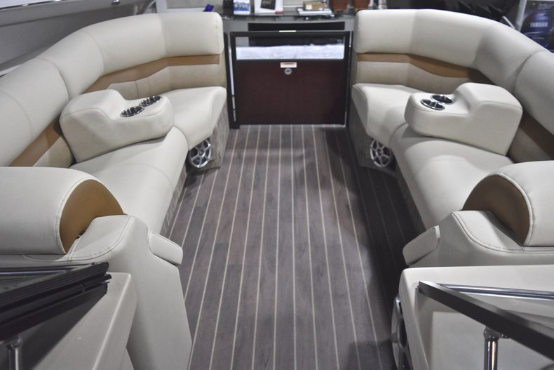 Thumbnail 65 for New 2018 Sanpan 2500 ULW boat for sale in West Palm Beach, FL