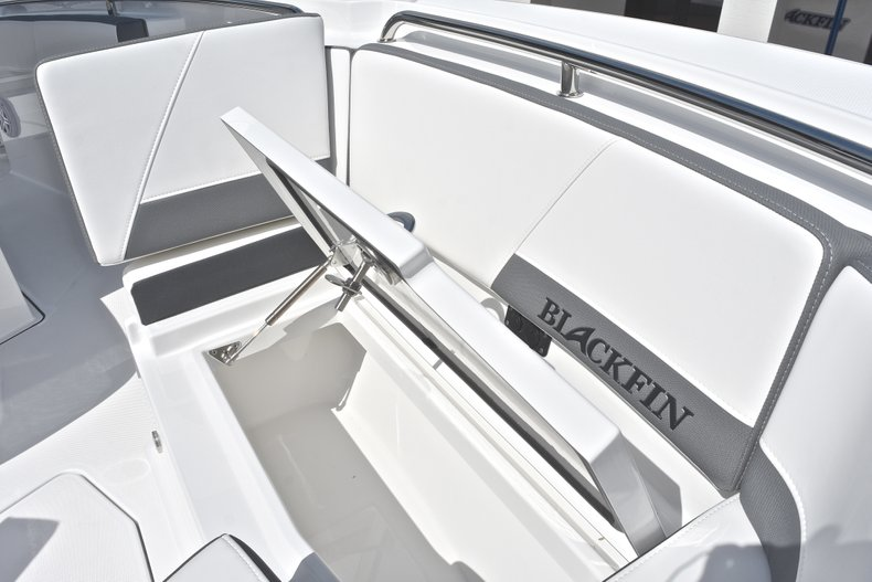Thumbnail 52 for New 2018 Blackfin 242CC Center Console boat for sale in West Palm Beach, FL