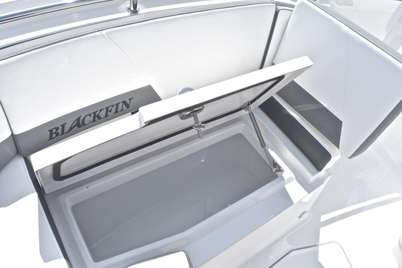 Thumbnail 55 for New 2018 Blackfin 242CC Center Console boat for sale in West Palm Beach, FL