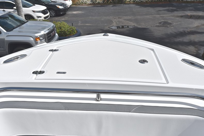 Thumbnail 56 for New 2018 Blackfin 242CC Center Console boat for sale in West Palm Beach, FL