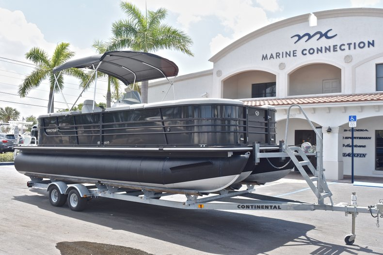 Thumbnail 1 for Used 2015 Starcraft SLS 3 Pontoon boat for sale in West Palm Beach, FL