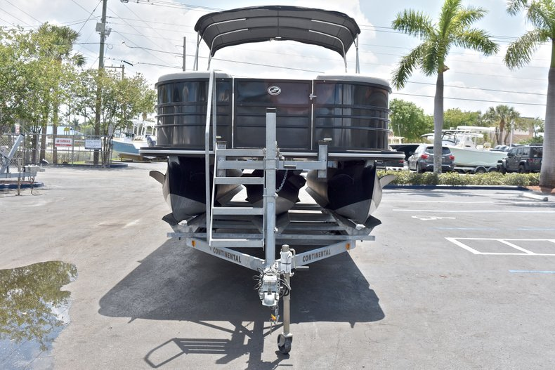 Thumbnail 2 for Used 2015 Starcraft SLS 3 Pontoon boat for sale in West Palm Beach, FL