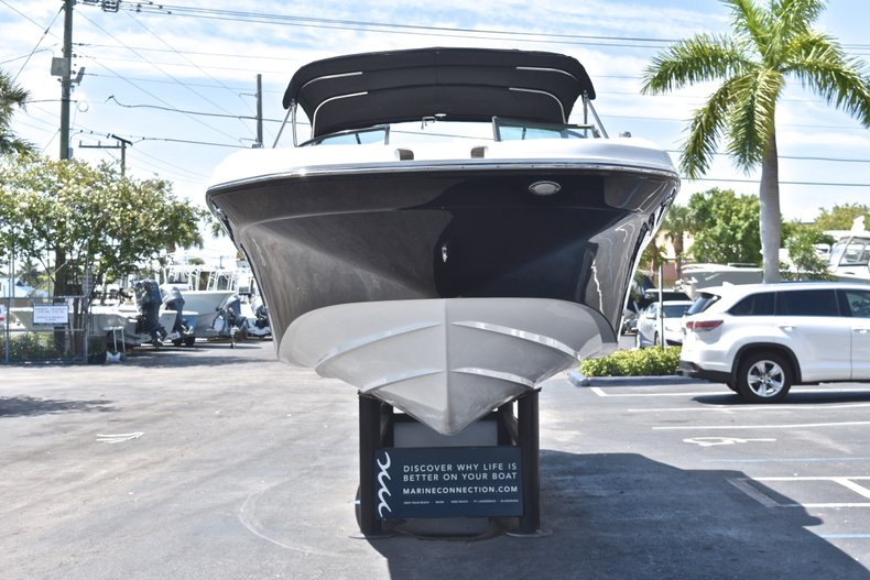 Thumbnail 2 for New 2018 Hurricane SunDeck SD 2690 OB boat for sale in West Palm Beach, FL
