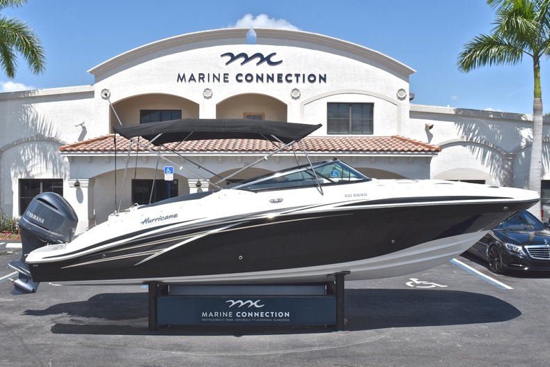Photo for 2018 Hurricane SunDeck SD 2690 OB