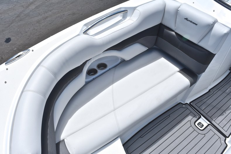 Thumbnail 50 for New 2018 Hurricane SunDeck SD 2690 OB boat for sale in West Palm Beach, FL