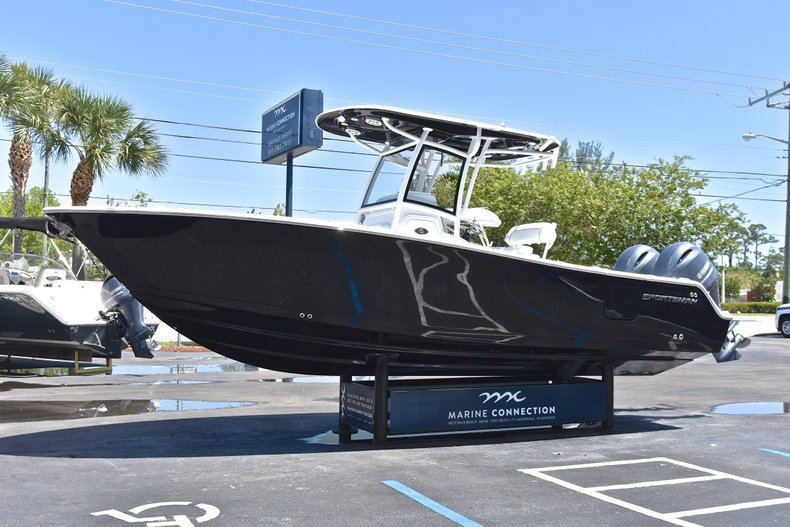 Thumbnail 4 for New 2018 Sportsman Open 252 Center Console boat for sale in West Palm Beach, FL