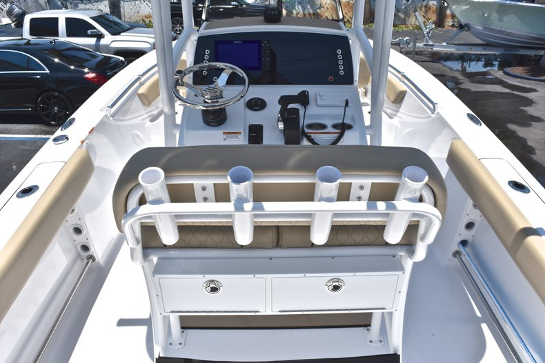 Thumbnail 9 for New 2018 Sportsman Open 212 Center Console boat for sale in West Palm Beach, FL