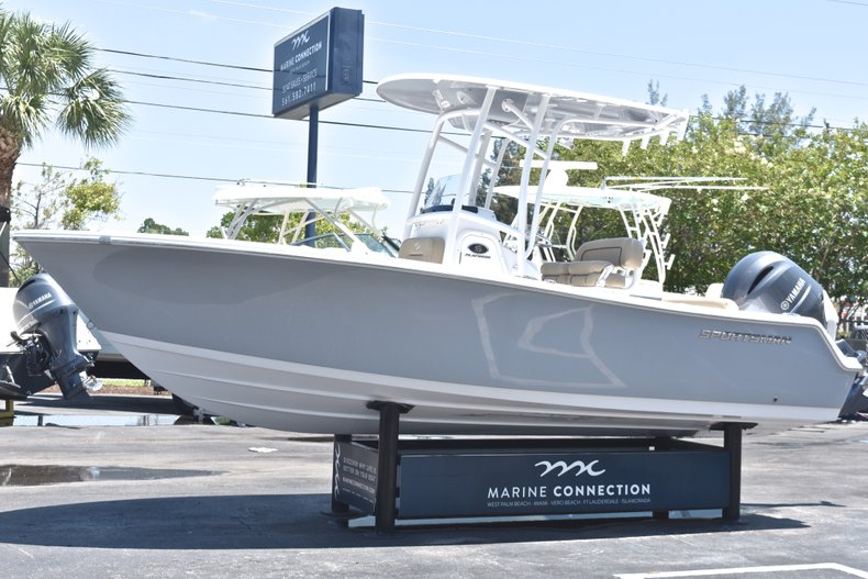 Thumbnail 3 for New 2018 Sportsman Open 212 Center Console boat for sale in West Palm Beach, FL