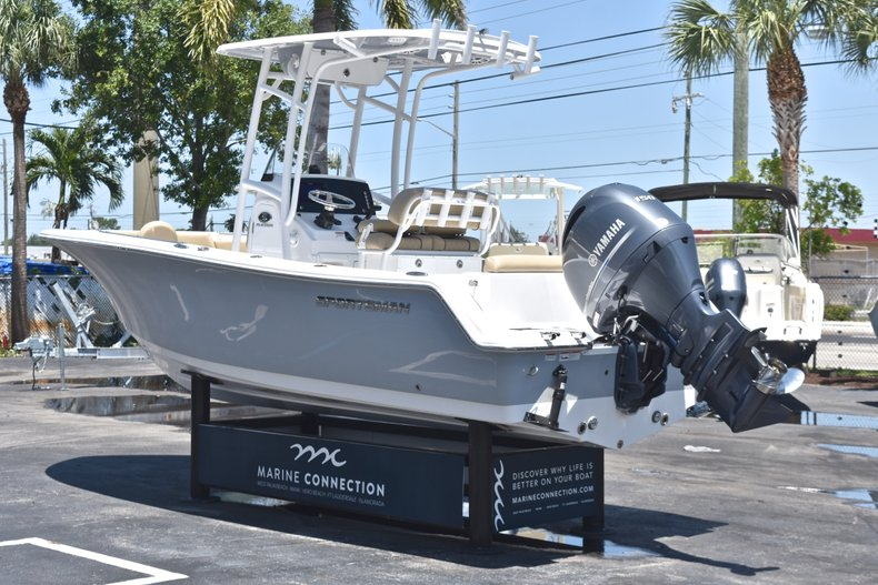 Thumbnail 5 for New 2018 Sportsman Open 212 Center Console boat for sale in West Palm Beach, FL