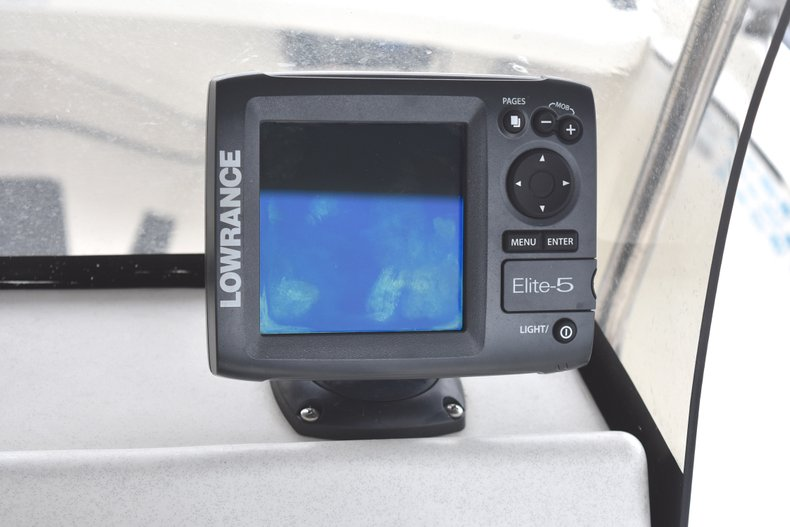 Thumbnail 11 for Used 2013 Mako Pro Skiff 17 Center Console boat for sale in West Palm Beach, FL