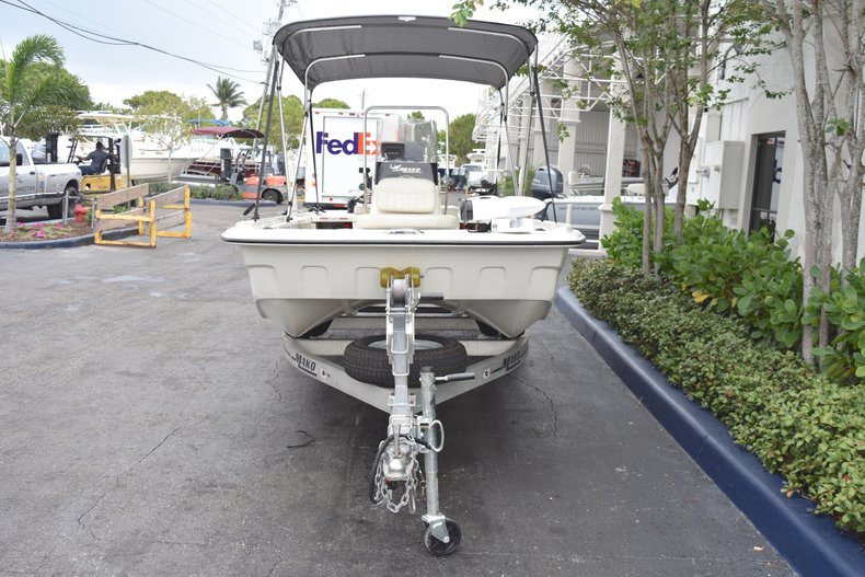 Thumbnail 3 for Used 2013 Mako Pro Skiff 17 Center Console boat for sale in West Palm Beach, FL