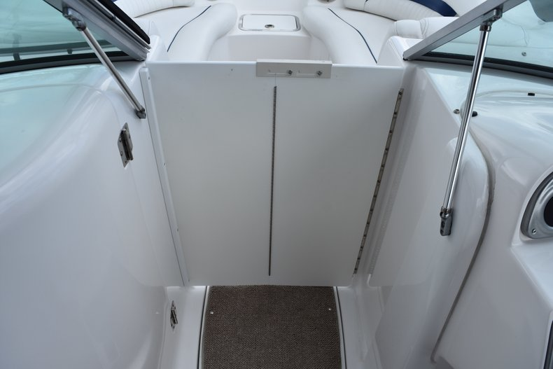 Thumbnail 34 for Used 2010 Hurricane SunDeck SD 2200 OB boat for sale in West Palm Beach, FL