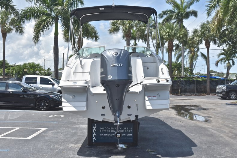 Thumbnail 6 for New 2018 Hurricane SunDeck SD 2400 OB boat for sale in West Palm Beach, FL