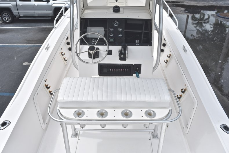 Thumbnail 17 for Used 1998 Mako 232 Center Console boat for sale in West Palm Beach, FL