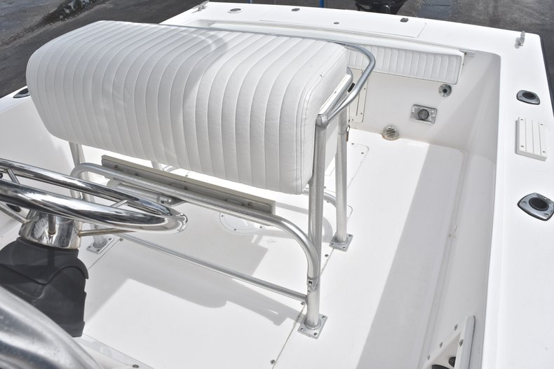 Thumbnail 19 for Used 1998 Mako 232 Center Console boat for sale in West Palm Beach, FL