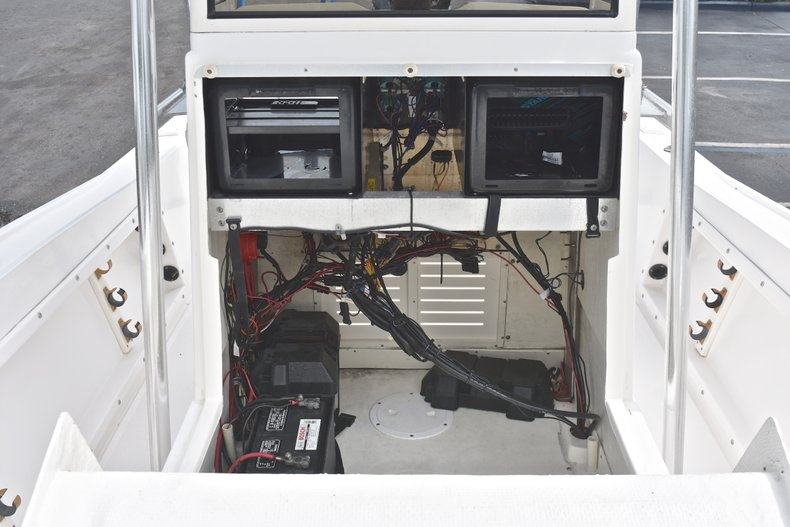 Thumbnail 40 for Used 1998 Mako 232 Center Console boat for sale in West Palm Beach, FL
