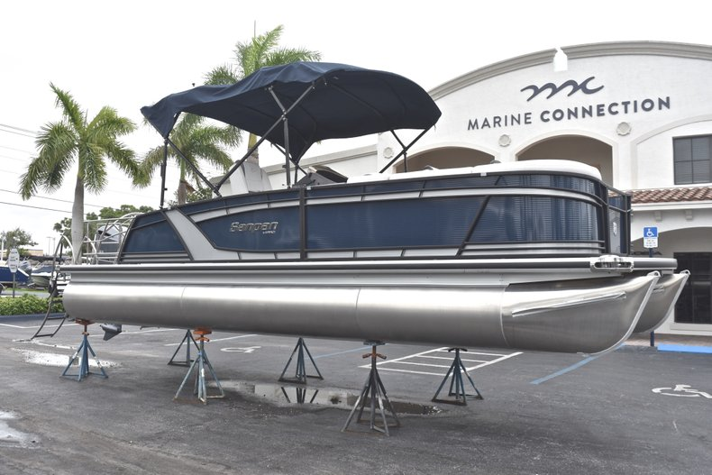 Thumbnail 1 for New 2018 Sanpan 2500 DFL boat for sale in West Palm Beach, FL