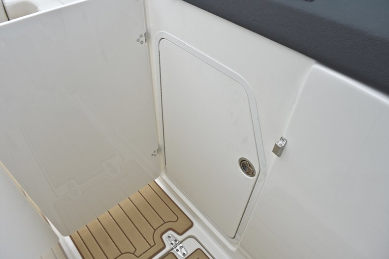 Thumbnail 70 for Used 2017 Boston Whaler 270 Vantage boat for sale in West Palm Beach, FL