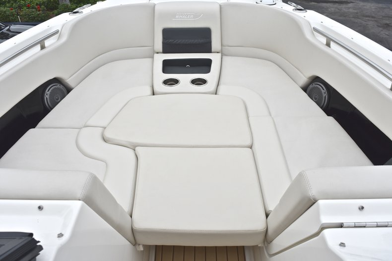 Thumbnail 73 for Used 2017 Boston Whaler 270 Vantage boat for sale in West Palm Beach, FL