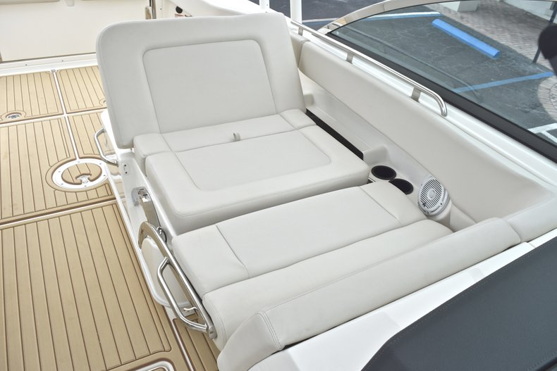 Thumbnail 41 for Used 2017 Boston Whaler 270 Vantage boat for sale in West Palm Beach, FL