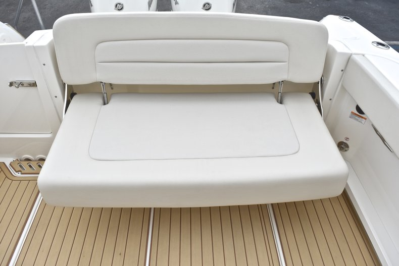 Thumbnail 22 for Used 2017 Boston Whaler 270 Vantage boat for sale in West Palm Beach, FL