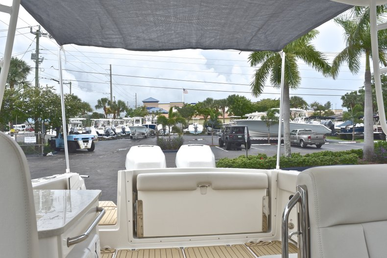 Thumbnail 83 for Used 2017 Boston Whaler 270 Vantage boat for sale in West Palm Beach, FL