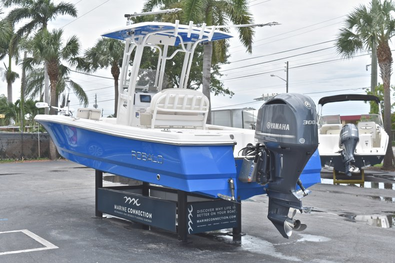 Thumbnail 7 for Used 2017 Robalo 246 Cayman boat for sale in West Palm Beach, FL
