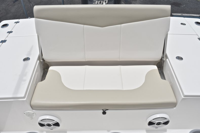 Thumbnail 18 for Used 2017 Robalo 246 Cayman boat for sale in West Palm Beach, FL