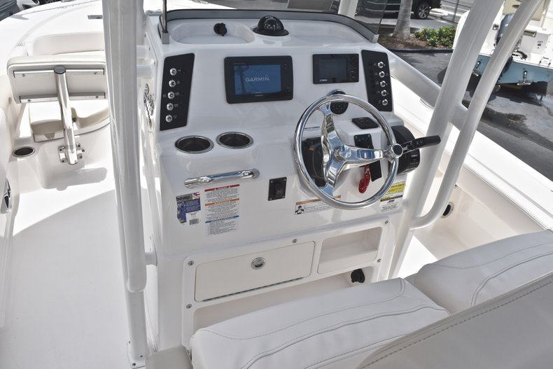 Thumbnail 32 for Used 2017 Robalo 246 Cayman boat for sale in West Palm Beach, FL