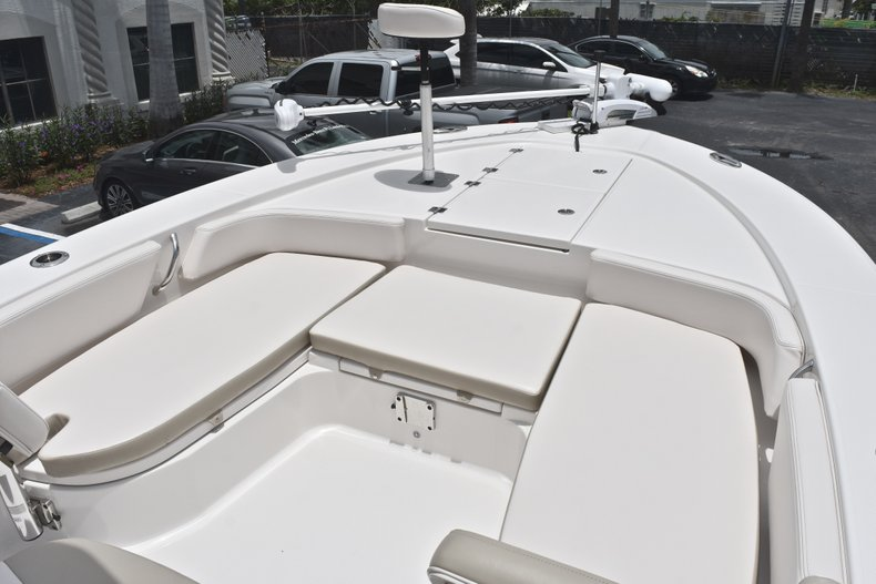 Thumbnail 47 for Used 2017 Robalo 246 Cayman boat for sale in West Palm Beach, FL