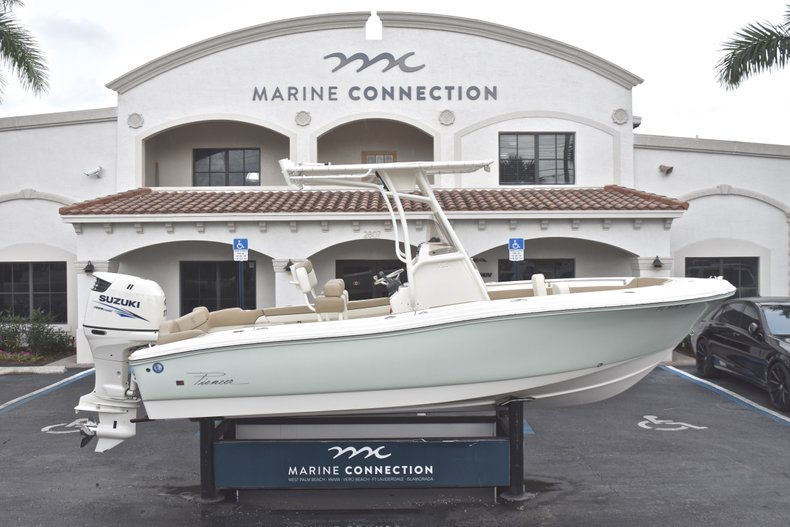 Used 2017 Pioneer 197 Sportfish Center Console boat for sale in West Palm Beach, FL