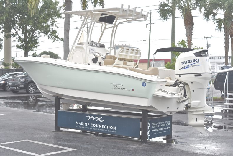 Thumbnail 5 for Used 2017 Pioneer 197 Sportfish Center Console boat for sale in West Palm Beach, FL