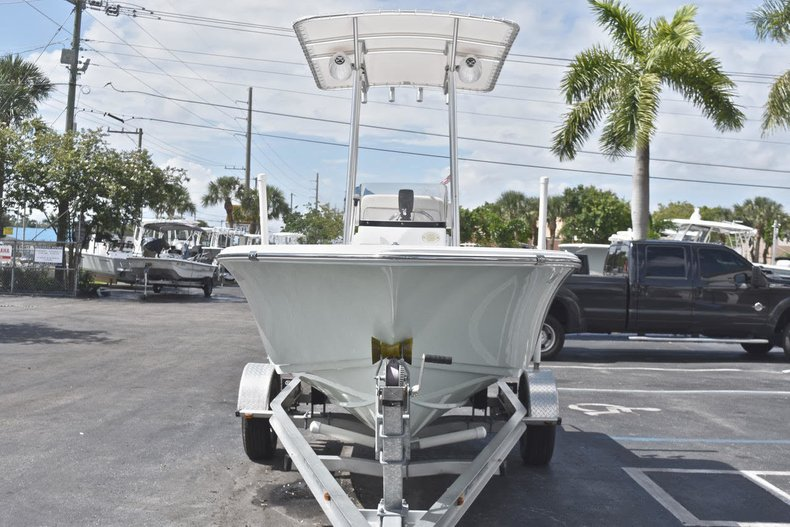 Thumbnail 1 for Used 2016 Sportsman 17 Island Reef boat for sale in West Palm Beach, FL
