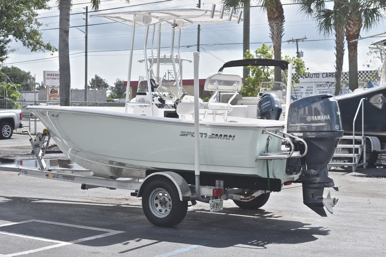 Thumbnail 4 for Used 2016 Sportsman 17 Island Reef boat for sale in West Palm Beach, FL