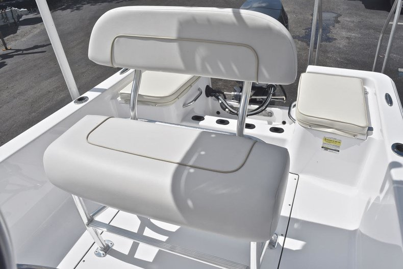 Thumbnail 13 for Used 2016 Sportsman 17 Island Reef boat for sale in West Palm Beach, FL