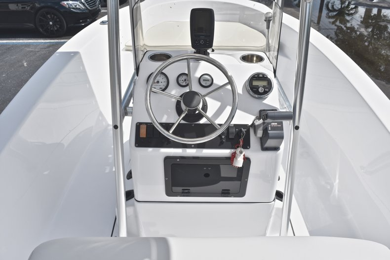 Thumbnail 18 for Used 2016 Sportsman 17 Island Reef boat for sale in West Palm Beach, FL