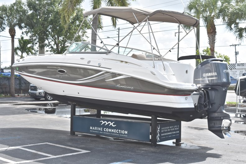 Thumbnail 5 for Used 2014 Hurricane SunDeck SD 2400 OB boat for sale in West Palm Beach, FL